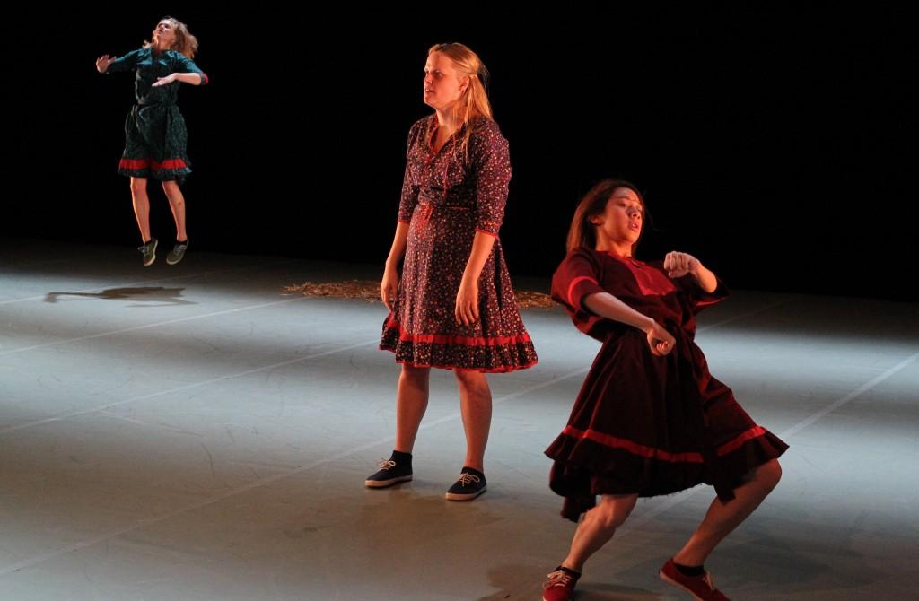 dance (05.10)